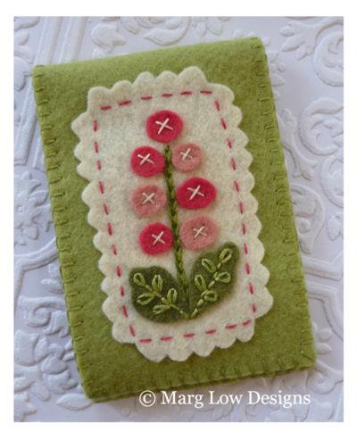 Hollyhock-Neeldecase-green-&-pink