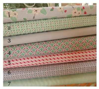 Bumble-Berries-fabrics