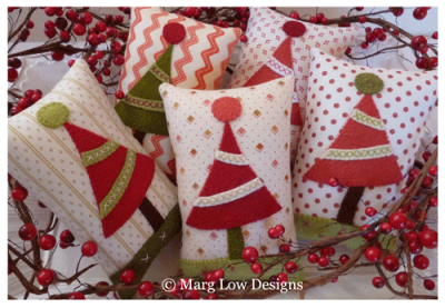 Christmas-Tree-pillows-All-things-Christmas