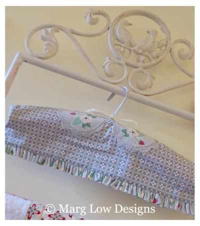Dressy-hanger-x-1