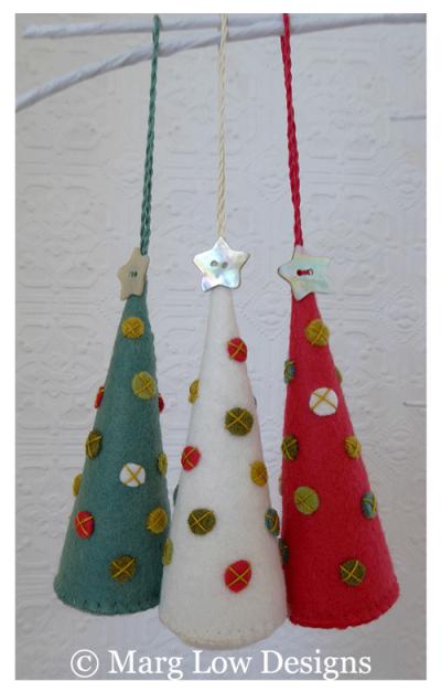 Tree-ornaments-x-3