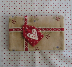 Ebs_gift_pouch_1